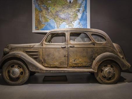 La première voiture de Toyota, le modèle AA a été influencé par la Chrysler Airflow