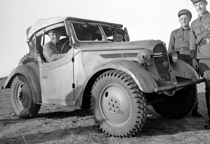 type-95-scout-car-imperial-japan