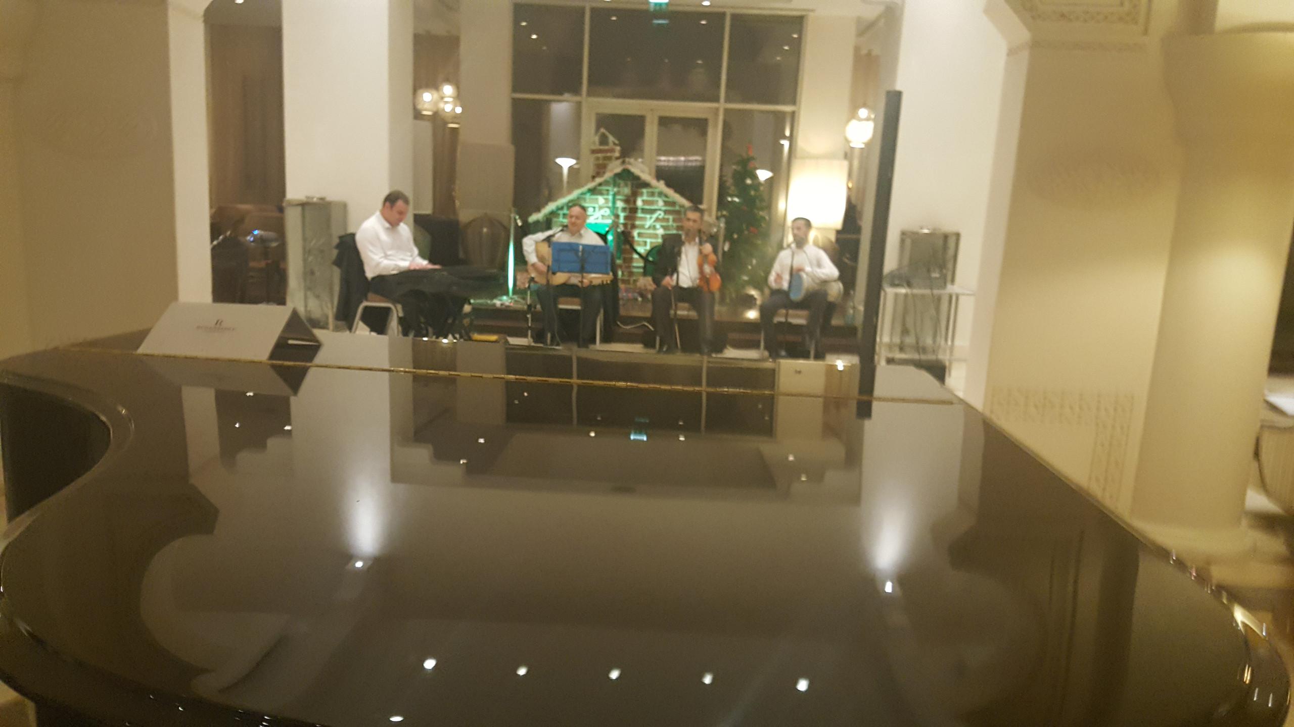 Orchestre Andalou au niveau du Hall