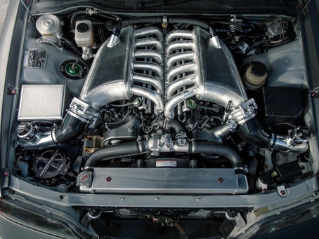 Une Toyota Chaser avec un Twin-Turbo V12