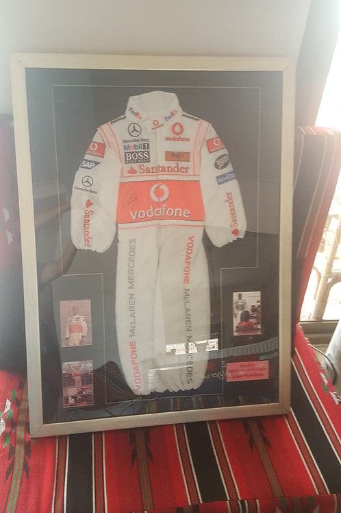 Réplique combinaison de Lewis Hamilton 2008 signé