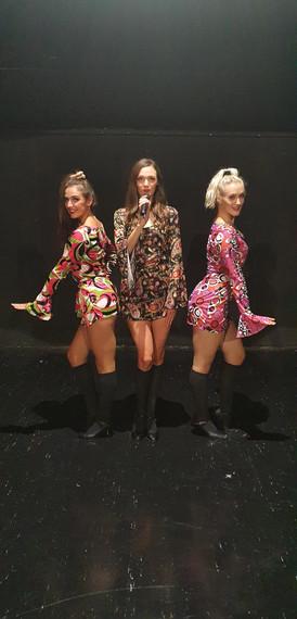 60s dancers