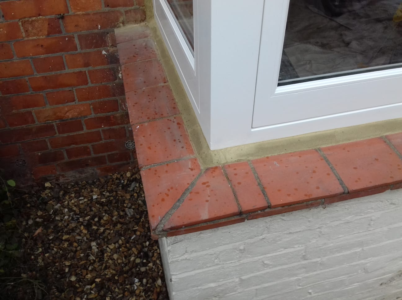 Bay Window Cement Fillet
