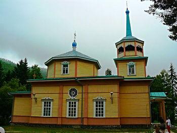 Церковь Николая Чудотворца в Листвянке.