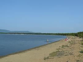 Пляж на Большом Бармашевом озере.