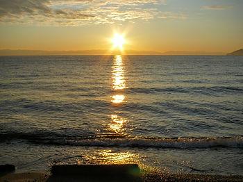 Закат в Листвянке. Озеро Байкал.