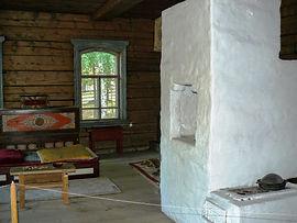 В доме зажиточного забайкальского бурята.