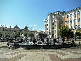 Фонтан на Театральной площади.
