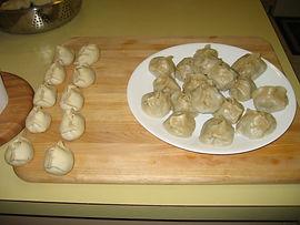 Бууз монгольское традиционное блюдо