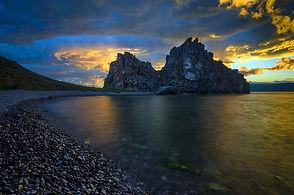 Скала Шаманка, остров Ольхон.