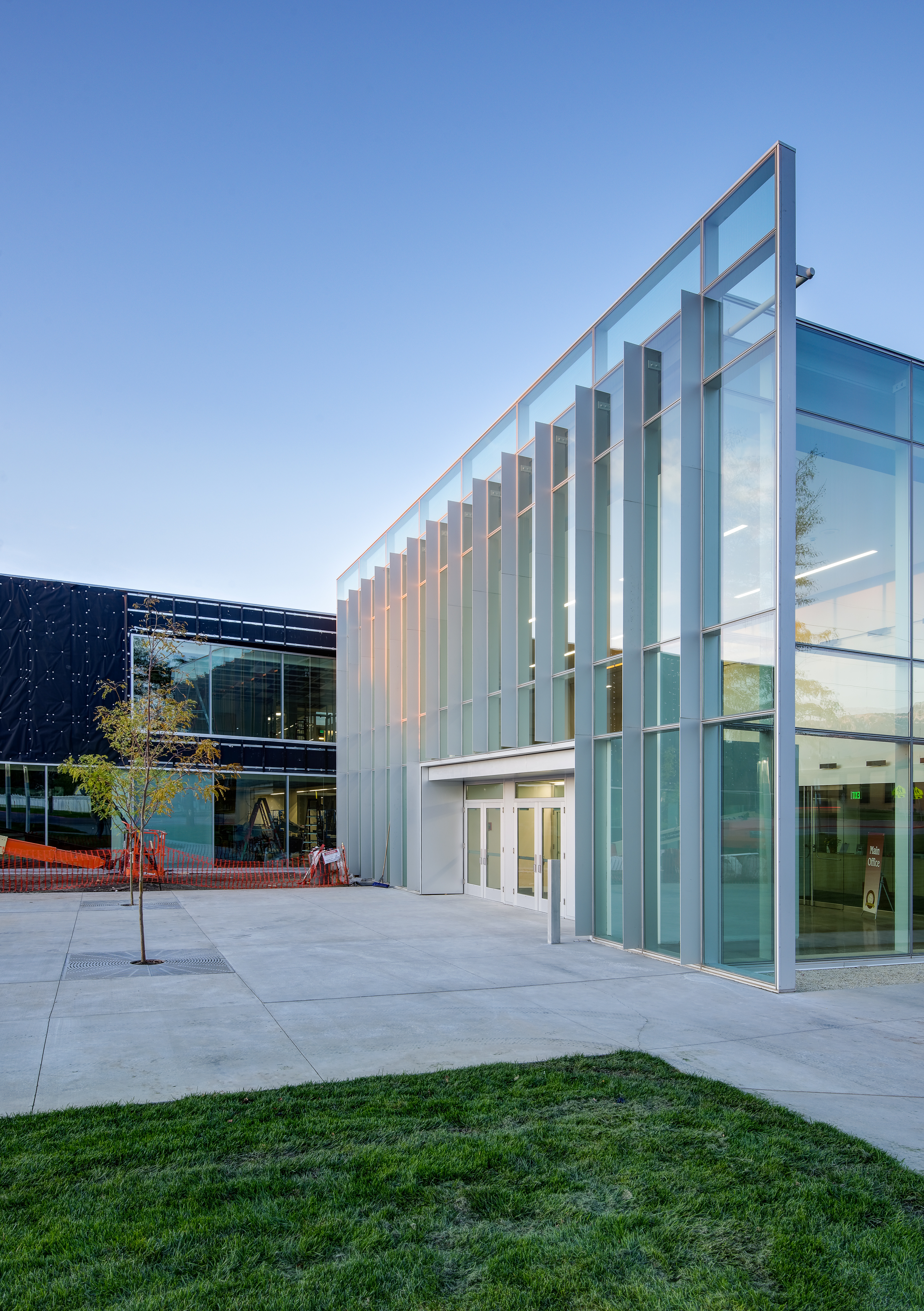 Viewmont High - West Glass and Entry - 0