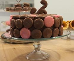 Macaron Gelato Cake