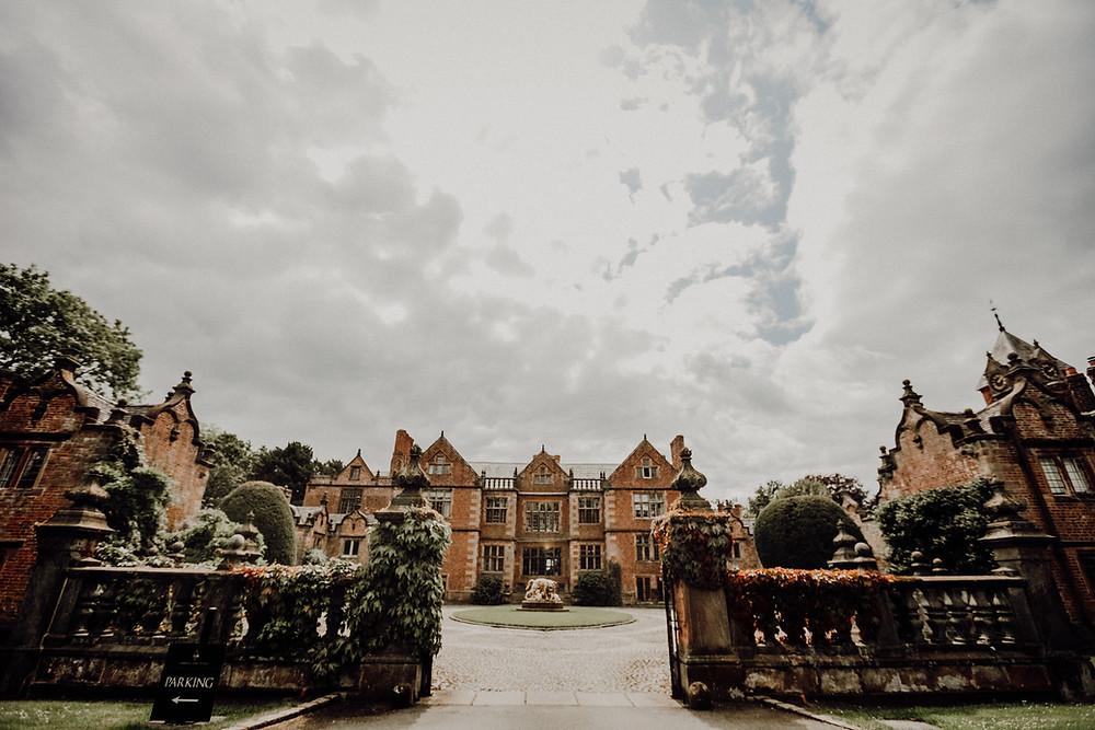 Dorfold Hall, Family Estate Wedding venue