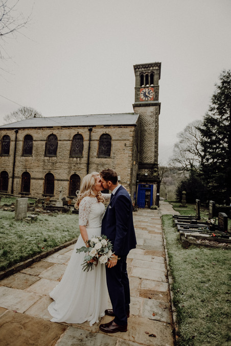 Christmas Day Wedding - Danielle Boxall Photography