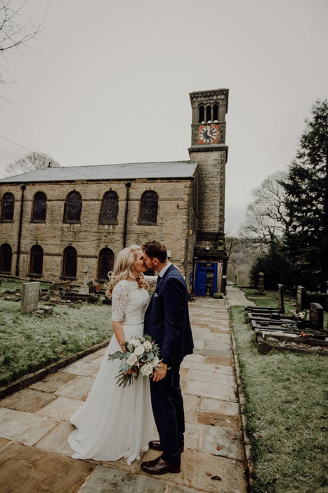 Christmas Day Wedding - Danielle Boxall Photography