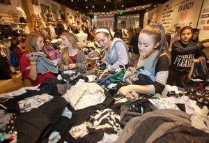 """Opinion: Brandy Melville's """"one size fits most"""" claim is a joke"""