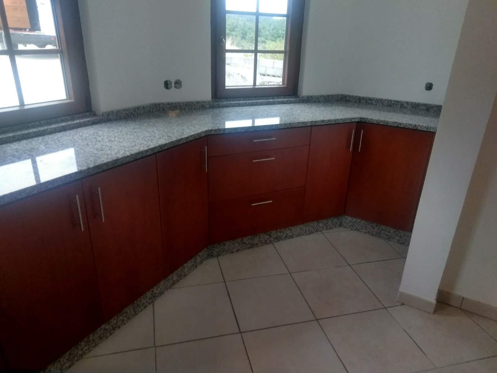 Cozinha em mogno