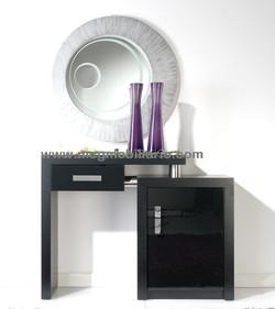 Consola mcg 654