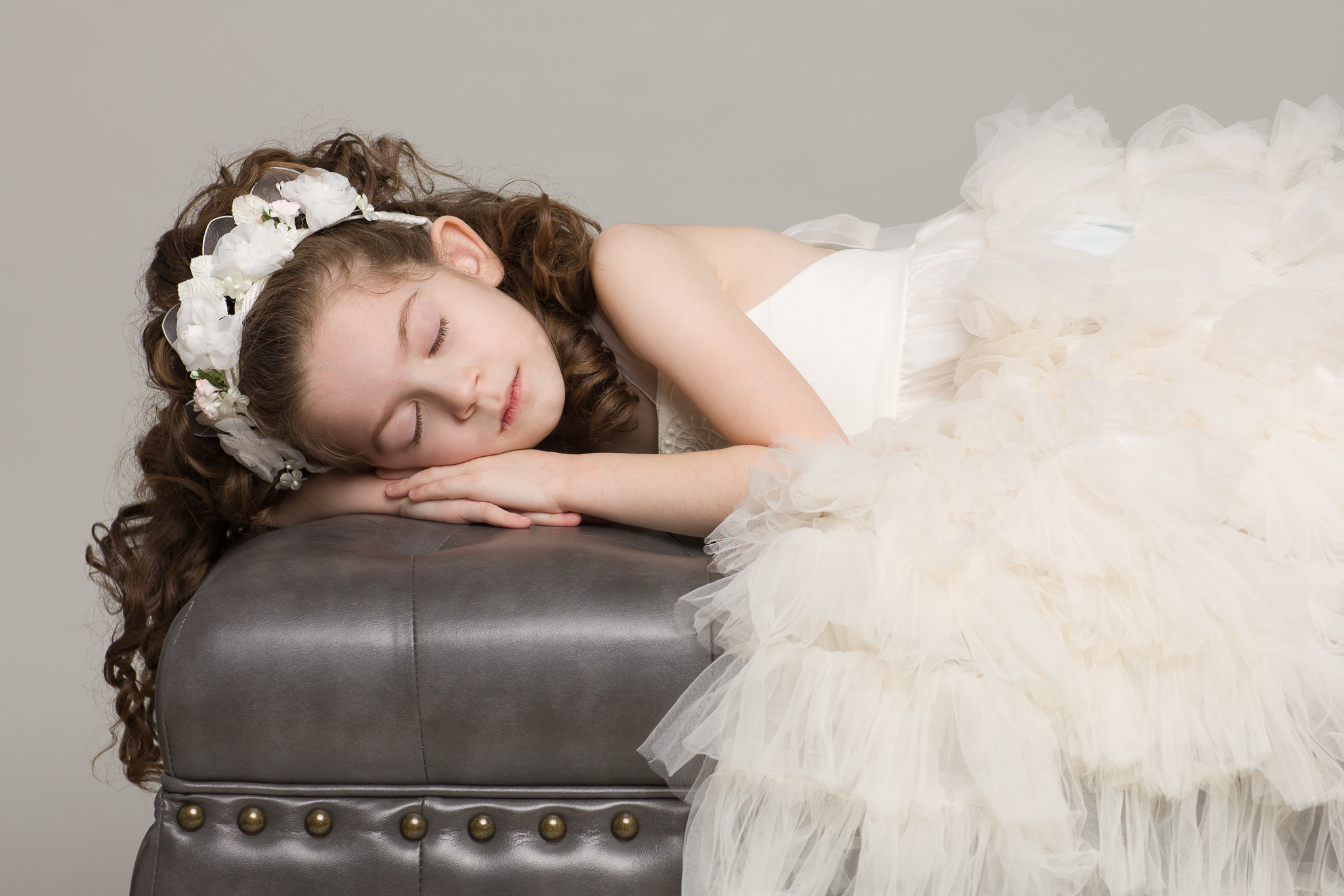 Classic-Couture-Sleeping-Beauty-Resting-Dollcake-Frock-White-Princess-Dress-Portrait-Leather-Ottoman