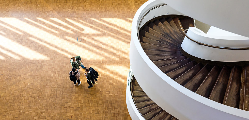 spiraltrappa ovan.jpg