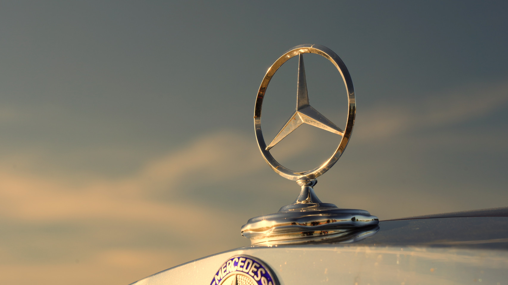 Mercedes-Benz Classics with Pierre Hedary