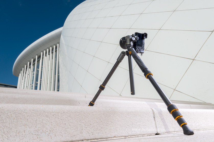 Light weight tripod for a reasonable price