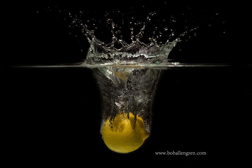 A fresh lemon in the morning