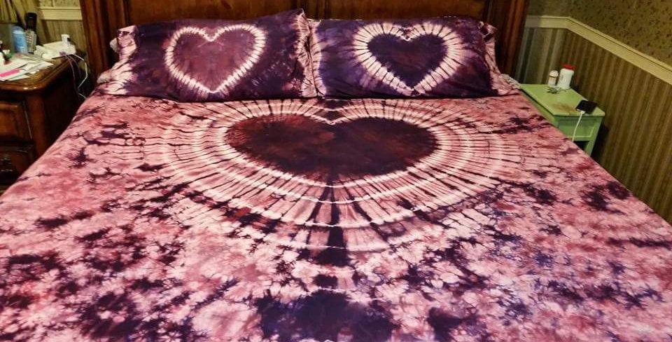 Heart Tapestry Bedding Set