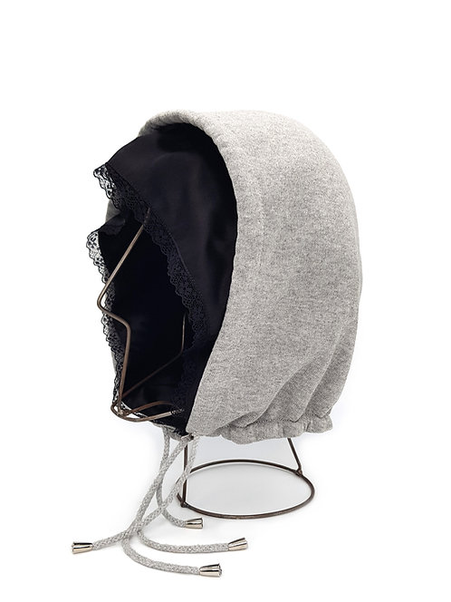 Double hood with lace trim