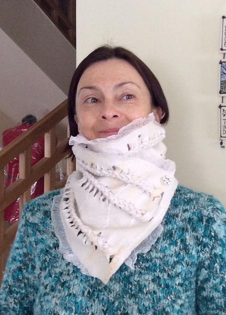scarf c white.jpg