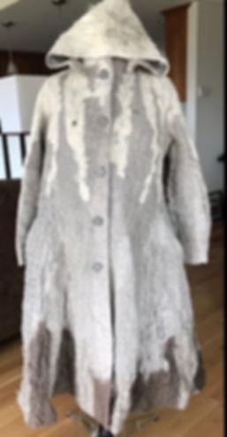 coat w hood linen.jpeg