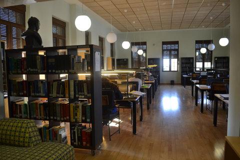 Biblioteca 02.JPG
