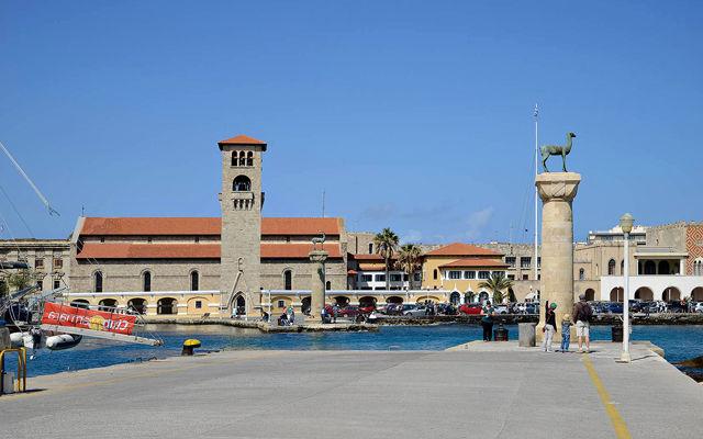 Греция Родос Античный порт Мандраки