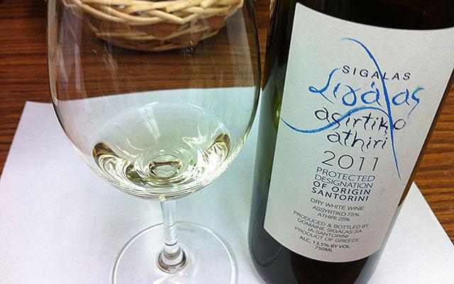 Греческие вина и напитки Асиртико