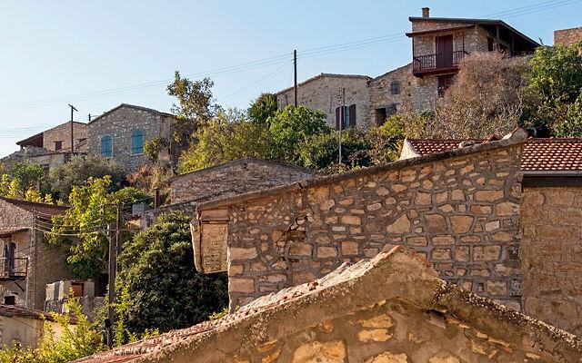 Достопримечательности Кипр Деревня Лофу