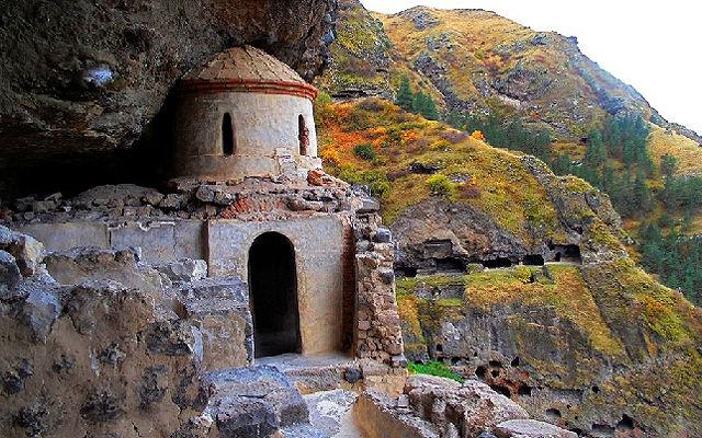 Грузия Пещерный монастырь Ванис-Квабеби Самцхе-Джавахетия