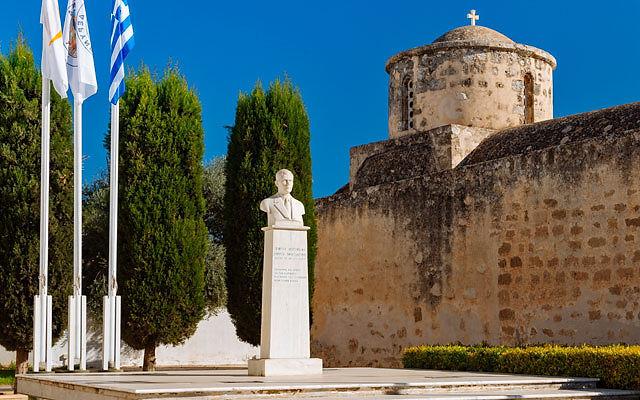 Достопримечательности Кипр Деревня Дериния