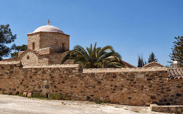 Кипр Монастырь Святого Ираклидия