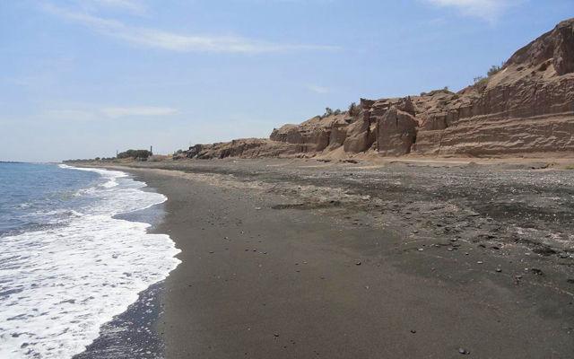 Греция Санторини Пляж Монолитос