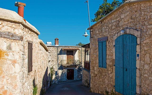 Достопримечательности Кипр Деревня Друсия