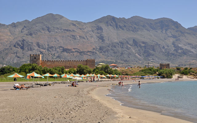 Греция Крит Пляж и Крепость Франгокастелло область Ханья