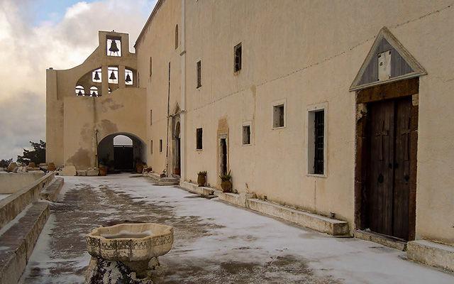 Греция Санторини Монастырь Ильи Пророка