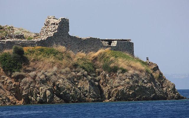 Греция Халкидики Развалины крепости Торони