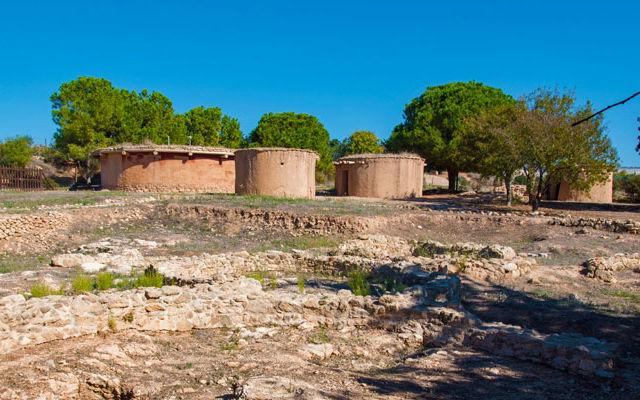Кипр Доисторическое поселение Лемпа