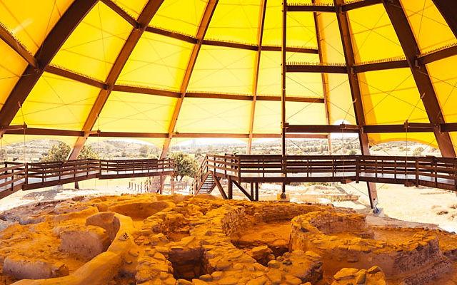 Кипр Территория Археологических раскопок Калавасос