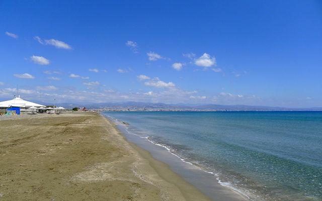 Кипр Пляж Лэдис Майл (Лимассол)