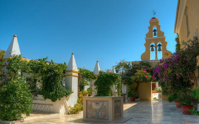 Греция Корфу Монастырь Пресвятой Богородицы в Палеокастрице