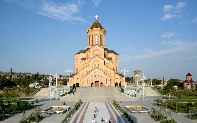 Грузия Свято -Троицкий кафедральный собор Тбилиси
