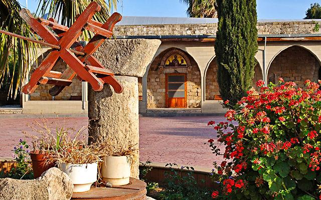 Кипр Монастырь Агиос Николаос тон Гатон