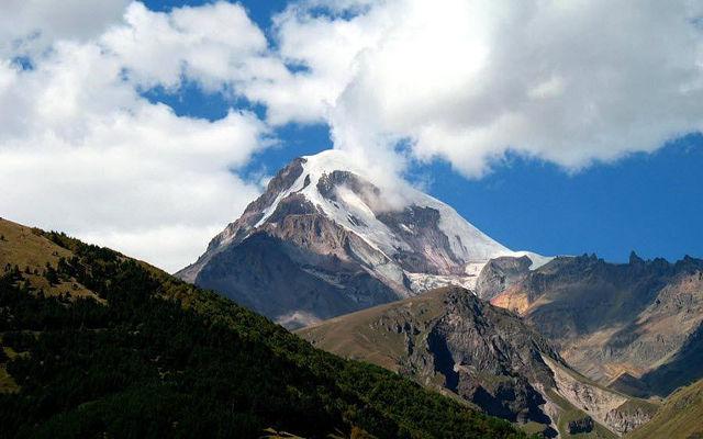 Грузия Гора Казбек Казбеги